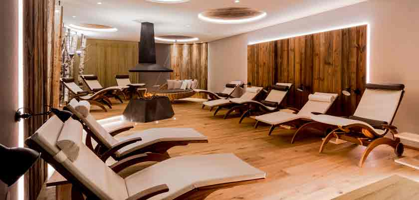 italy_dolomites_selva_hotel-alaska_relaxation-area.jpg
